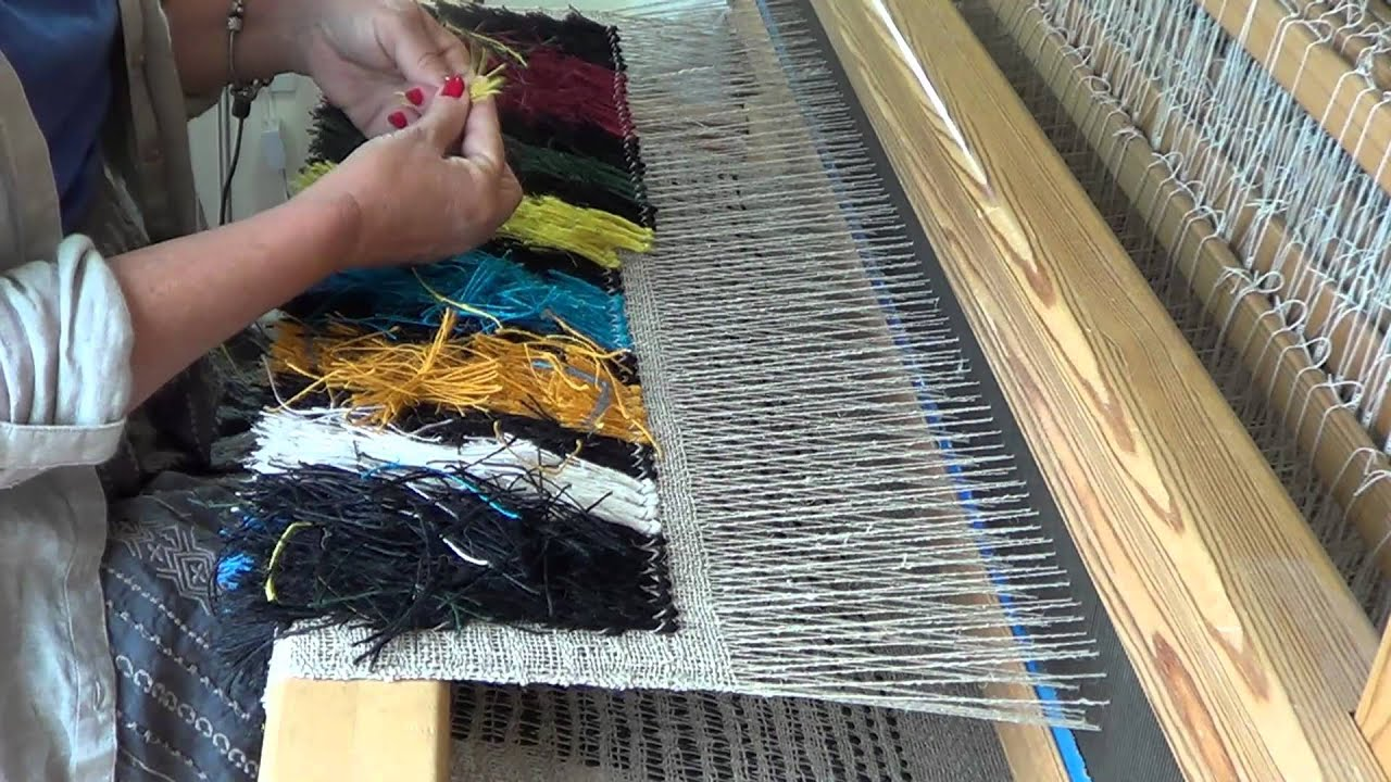 Perfect How To Weave A Rya Rug   YouTube