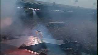 Queen - Tie Your Mother Down HD (Live At Wembley 86)