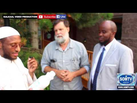 American speaking the Somali Language with Dr. Sh Ahmed Nuur