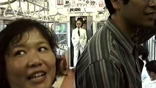 香港返還の直前、20世紀末の東京・中央線で、沢山の人々が暴走し、愛が...