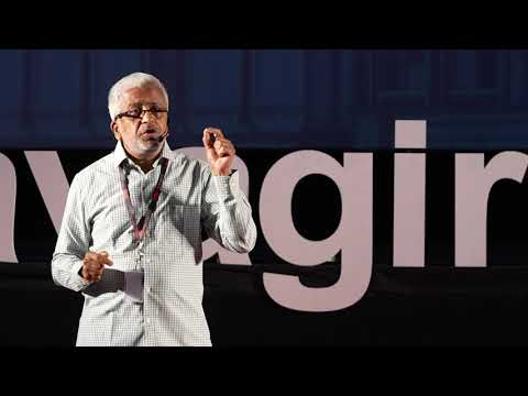Learning from our past to craft the future of education | Dr R. Balasubramaniam | TEDxYadavagiriED