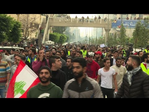 'Yellow vests' in Beirut: Lebanese protest against corruption