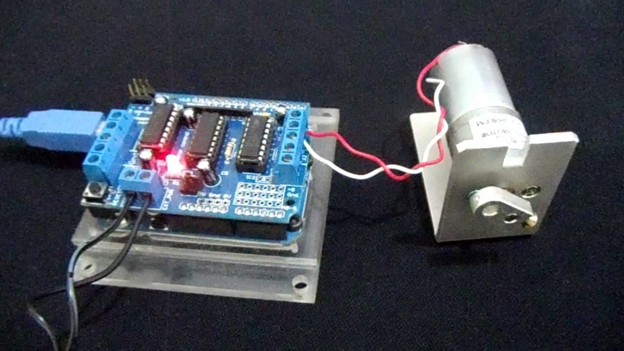 Arduino E Cia Motor Shield Com Motor Dc 12v Youtube