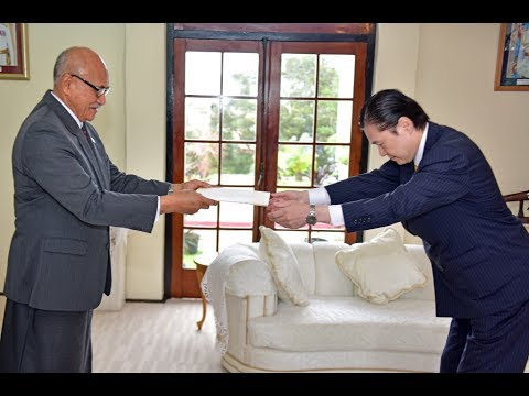 Fijian President receives Credential from the new Resident Ambassador of Japan.