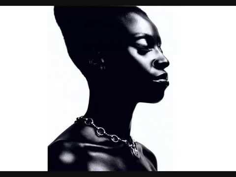 Skye Edwards - NOT BROKEN