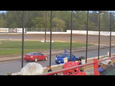 Brewerton Speedway spectator race 1   6/2/17