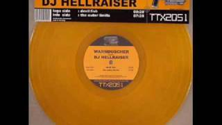 Warmduscher Battles DJ Hellraiser - The Outer Limits (Dark Matter Mix)