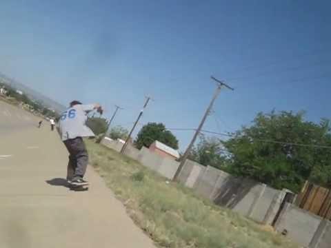 Tony Alva skates the ditch