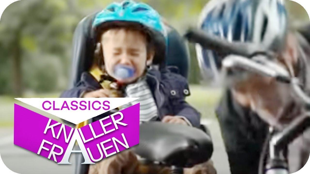 So hört euer Baby auf dem Fahrradsitz auf zu schreien | Knallerfrauen mit Martina Hill