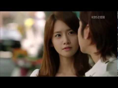 MV Love Rain - SeoJun & Hana Skinship
