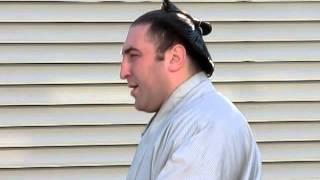 大相撲一月場所初日。 レヴァニくんの場所入り。