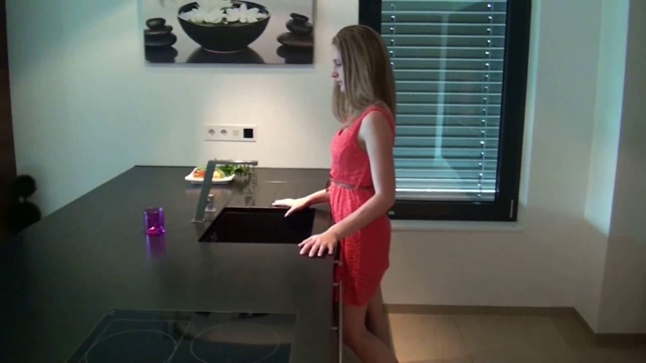 Gessi Incline Küchenarmatur in Edelstahl gebürstet - YouTube
