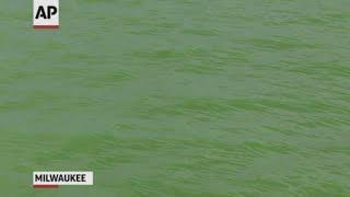 Milwaukee turns river green to honor Bucks team