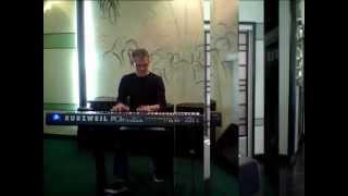 Kurzweil  PC3X  triple strike grand piano latino.