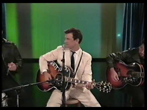 Chris Isaak - The Larry Sanders Show - 1995