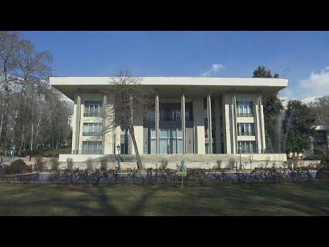 قصر نيافاران: الملجأ الأخير لآخر شياه إيران محمد رضا بهلوي…  - نشر قبل 4 ساعة