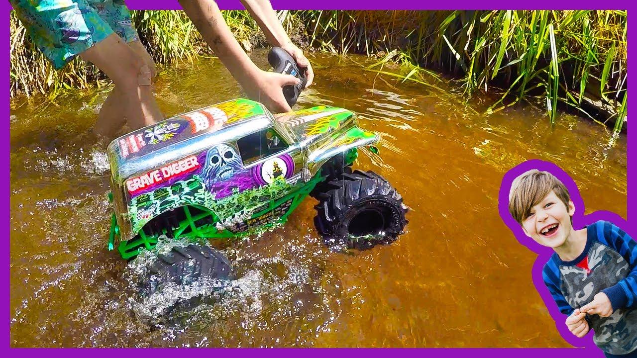 Rc Monster Truck Goes Swimming Youtube