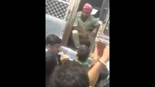 MOB vs Sikh man