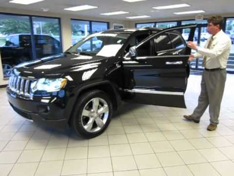 23633 - 2011 Jeep Grand Cherokee Walkaround Competition