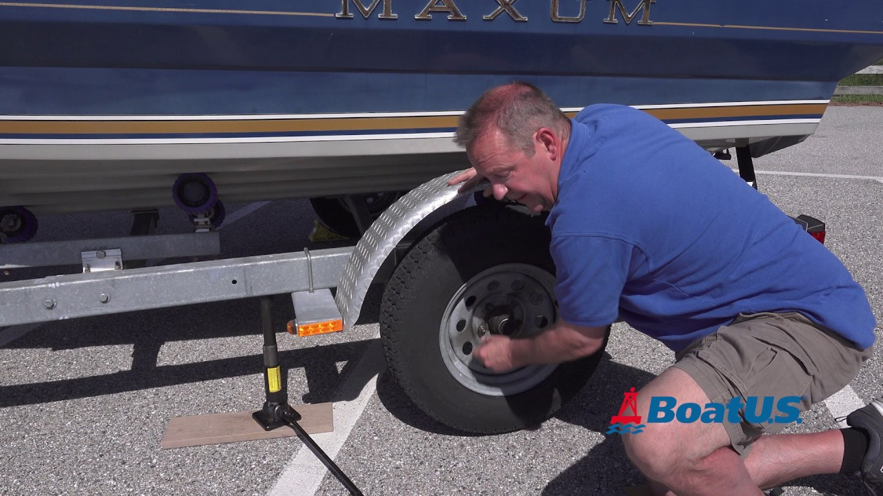 How To Fix a Flat Tire on a Boat Trailer | BoatUS Magazine