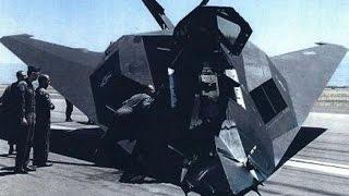 Самолет невидимка Ф-117  Стелс.  Почему его списали??