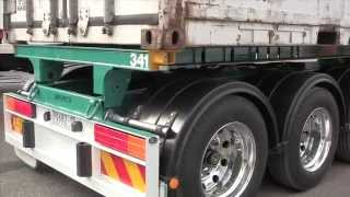 Barker Roll Back & Retractable Trailers