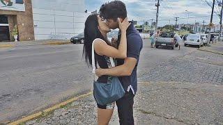 COMO BEIJAR GAROTAS /  KISSING GIRLS