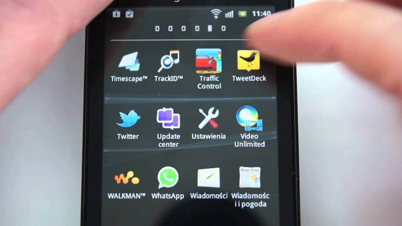 Sony Ericsson Live with Walkman - apps, games, google maps - part 3