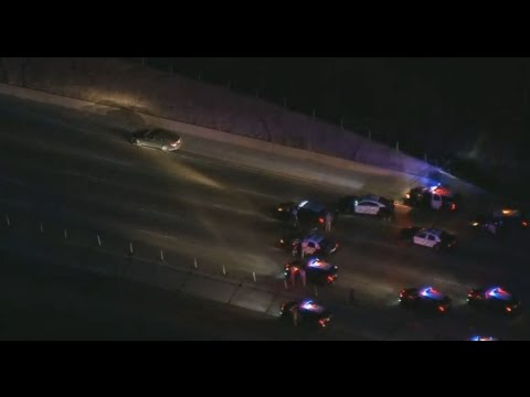 91 Freeway shut down after pursuit, armed standoff in Corona