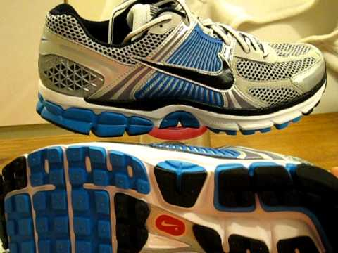 Quick Look At The Nike Zoom Vomero Mens Running Shoe