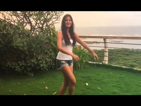 Katrina Kaif House In Mumbai Video