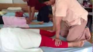 Repeat youtube video วิธีการนวดแผนไทย1 วิทยาลัยสารพัดช่างสกล