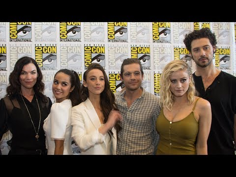 The Magicians Pop Into Comic Con to Talk About Season 3