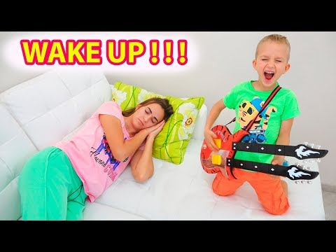Vlad and Nikita play musical instruments and wake up Mom