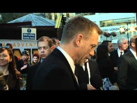 Daniel Craig slams the Kardashians