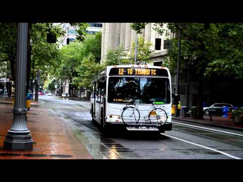 Portland TriMet & Portland Streetcar: Downtown Portland Bus, Light Rail & Streetcar Action Part II