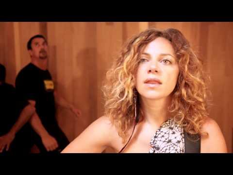 """Mumford & Sons """"Little Lion Man"""" feat. Nikka Costa (Nikka's Box)"""