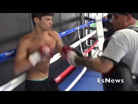 Ryan Garcia Show Why The Call Him Flash Mitts Workout EsNews Boxing