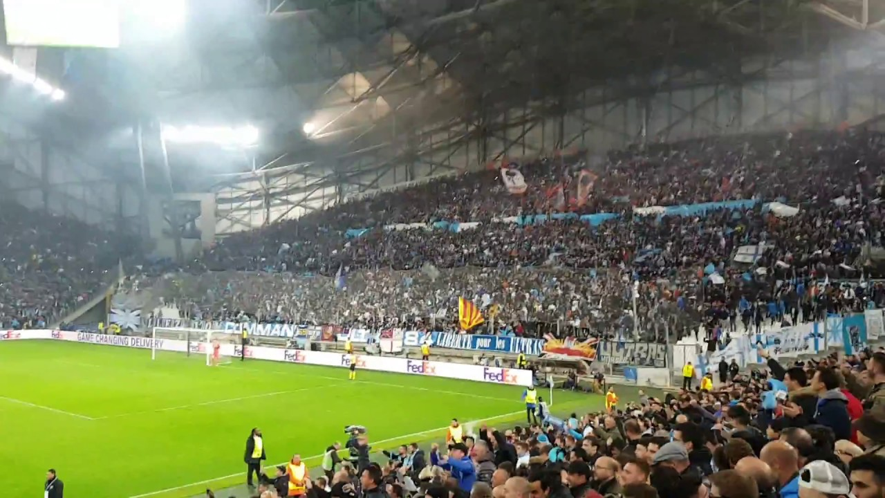 marseille fans celebrating goal vs leipzig