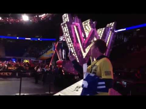 WWE RAW Backstage Tour, WM29 Axxess