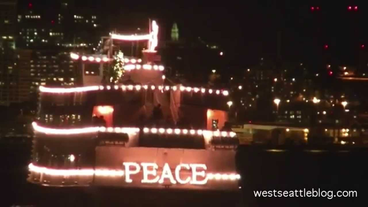 christmas ship west seattle finale 2014 - Argosy Christmas Ships 2014
