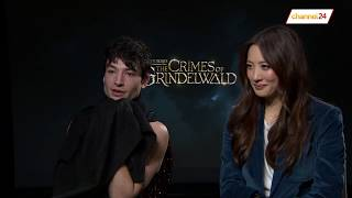 Download Video Channel24 interviews Ezra Miller and Claudia Kim from Fantastic Beasts: The Crimes of Grindelwald MP3 3GP MP4