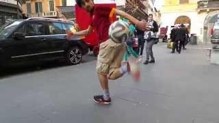 Palleggi Freestyle Pazzeschi alla Maradona - Roma Calcio
