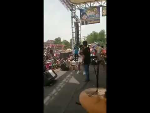 Gank kumpo bersama jihan audy memori berkasih live in modongan soko mojokerto