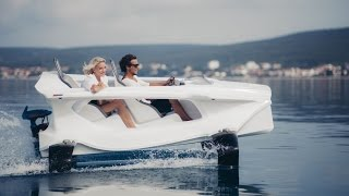 Quadrofoil - an awesome electric Superyacht Tender
