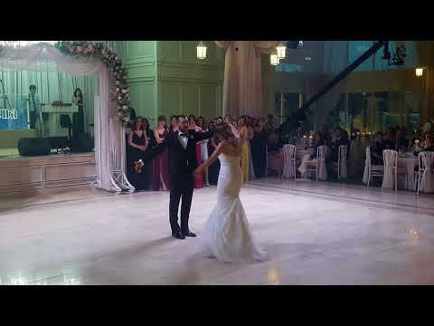Armoni Dans Waltz Wedding Dance