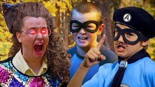 Summer Camp! - Leslie Hall - Full Episode - The Aquabats! Super Show!