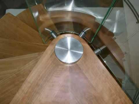 Estfeller scala a chiocciola ringhiera legno vetro - Estfeller finestre per tetti ...