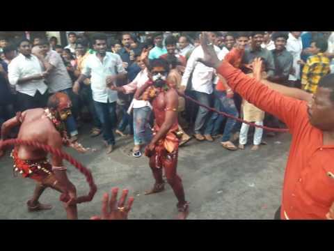 Old City Laldarwaza Mahankali Bonalu 2017 I Pothuraju Teenmaar l Hyderabad