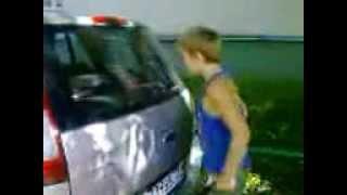 Девушку оттрахали машиной до слез этом